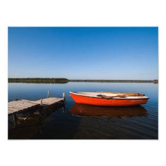 Lago hermoso idílico en Suecia Fotografía