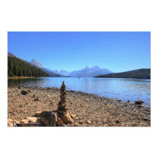 Lago Maligne e impresión de la foto del tótem