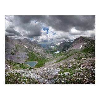 Lago media moon - desierto de Weminuche - Colorado Postales