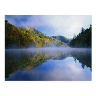 Lago Millcreek y colores del otoño en la salida Postales