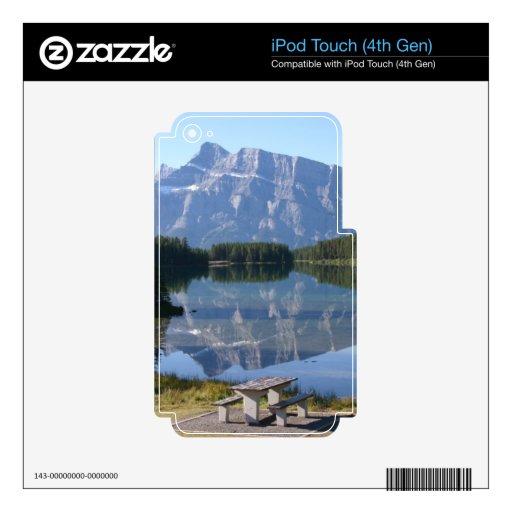 Lago Minnewanka Alberta Canadá two Jack Skins Para iPod Touch 4G