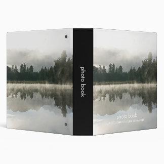 Lago mirror, carpeta del libro de la foto de la ma