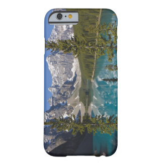 Lago moraine, canadiense Rockies, Alberta, Canadá Funda De iPhone 6 Barely There