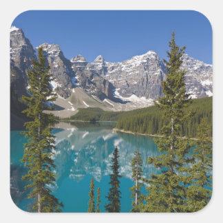 Lago moraine, canadiense Rockies, Alberta, Canadá Pegatina Cuadrada