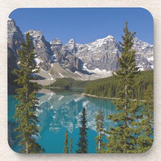 Lago moraine, canadiense Rockies, Alberta, Canadá  Posavasos