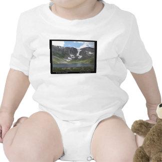 Lago mountain en Mt. Evans en Colorado Trajes De Bebé