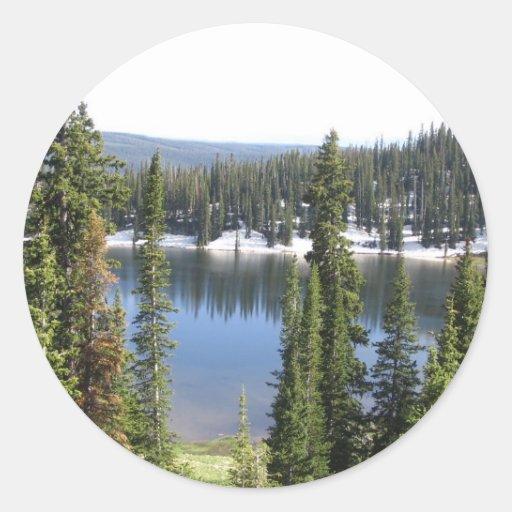 Lago mountain pegatina redonda