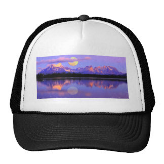 Lago Pehoe in Torres del Paine, Chile Crayons Mesh Hat