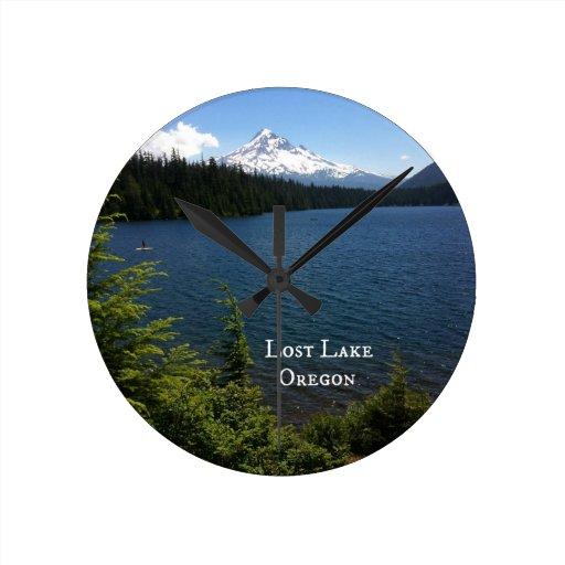 Lago perdido, Oregon Relojes De Pared