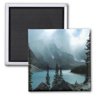 Lago pintoresco moraine del parque nacional de Ban Imán Cuadrado