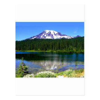 Lago reflection, el Monte Rainier, WA, los E.E.U.U Postal