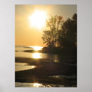 Lago rise de Sun Póster