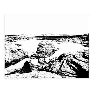 Lago rocoso en pluma y tinta tarjetas postales