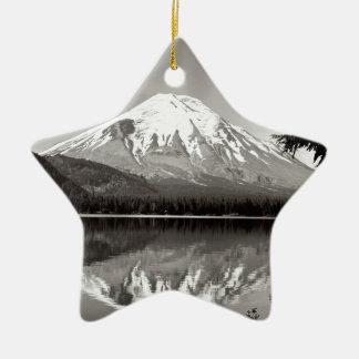 Lago spirit del Monte Saint Helens de la escena Adornos De Navidad