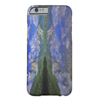 Lago stanley en las montañas del diente de sierra funda de iPhone 6 barely there