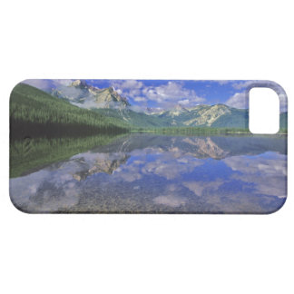 Lago stanley en las montañas del diente de sierra iPhone 5 funda