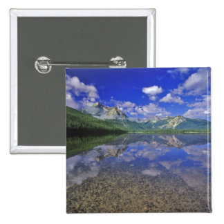 Lago stanley en las montañas del diente de sierra  pin cuadrado