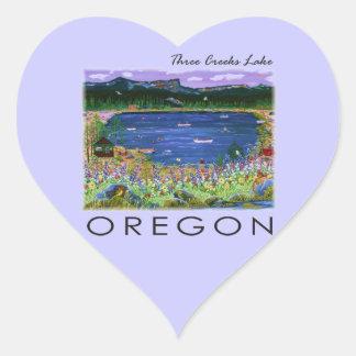 Lago tres creeks pegatina en forma de corazón