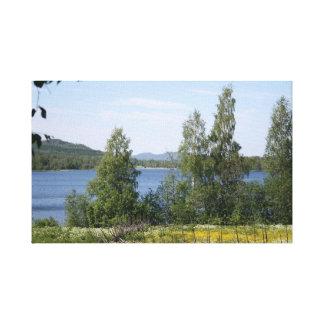 Lago y cerca impresion de lienzo