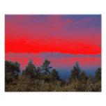 Lago y cielo rojo arte fotográfico
