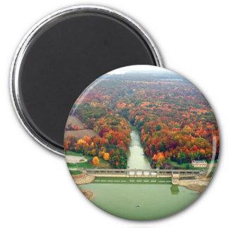 Lago y presa berlin imán redondo 5 cm