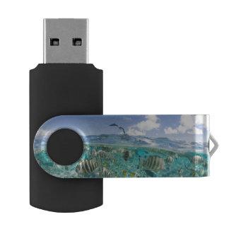 Lagoon safari trip featuring Stingrays Swivel USB 2.0 Flash Drive