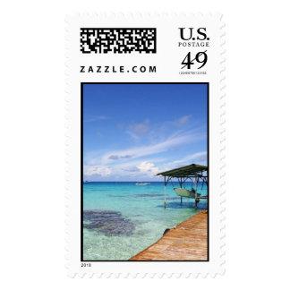 Laguna azul en el Tuamotus, Polinesia francesa Sellos