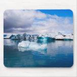 Laguna del glaciar alfombrillas de raton