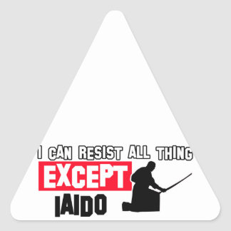 laido design triangle sticker