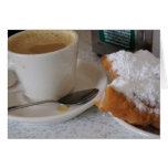 Lait de au de café y beignets tarjetón