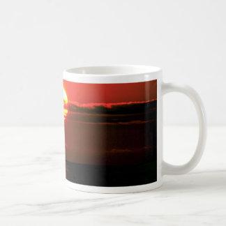 Lake Erie sunset, Upstate New York, U.S.A. Mug