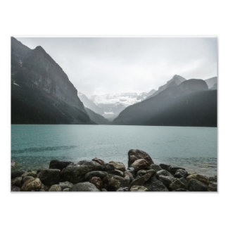 Lake Louise en la lluvia Cojinete