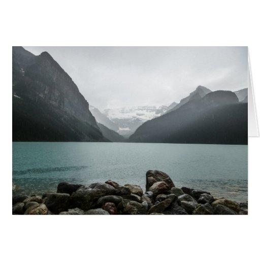 Lake Louise en la lluvia Tarjeta De Felicitación