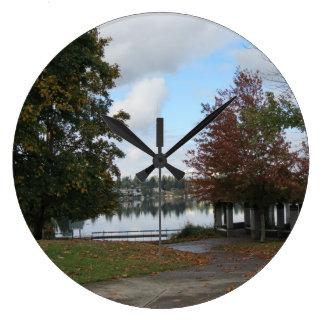 Lake Meridian Fall Season Clock