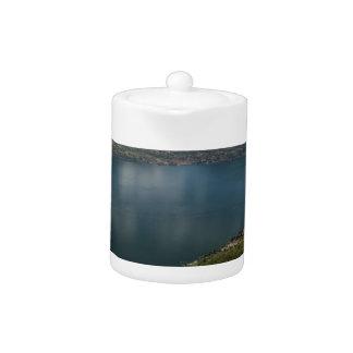 Lake Teapot