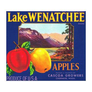 Lake Wenatchee Apple Label (blue) - Cashmere, WA Canvas Print