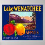 Lake Wenatchee Apple Label (blue) - Cashmere, WA Poster