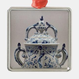 Lambeth Delftware posset pot, blue and white Metal Ornament