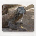 Lamedura del dragón de Komodo Alfombrilla De Ratón