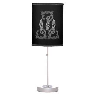 Lámpara adornada elegante del diseño del gótico