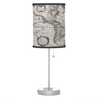 Lámpara antigua del mapa del mundo