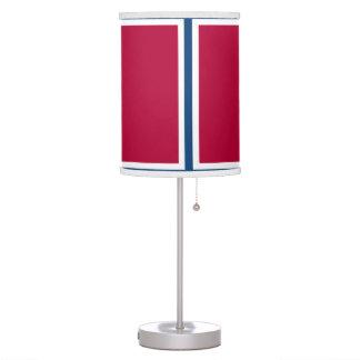 Lámpara blanca y azul roja