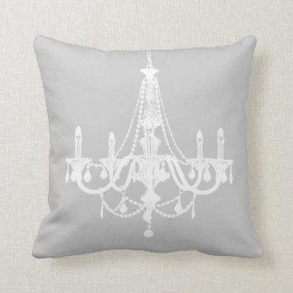 Lámpara blanca y gris elegante almohadas