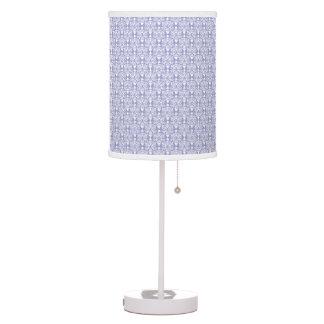 Lámpara blanca y purpúrea clara del damasco de la