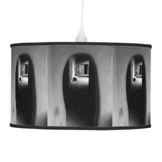 Lámpara colgante del callejón de Adobe