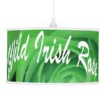 Lámpara color de rosa irlandesa salvaje del techo