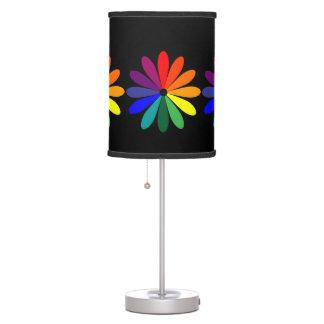 Lámpara de la flor de la rueda de color en negro