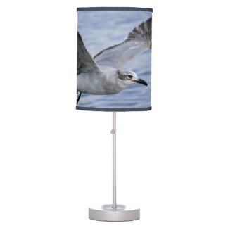 Lámpara de mesa bonita del vuelo del pájaro de la