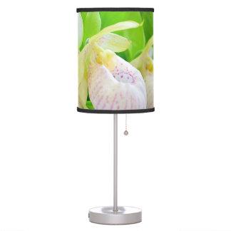 Lámpara de mesa con el Cypripedium