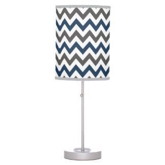 Lámpara de mesa de Chevron de los azules marinos y